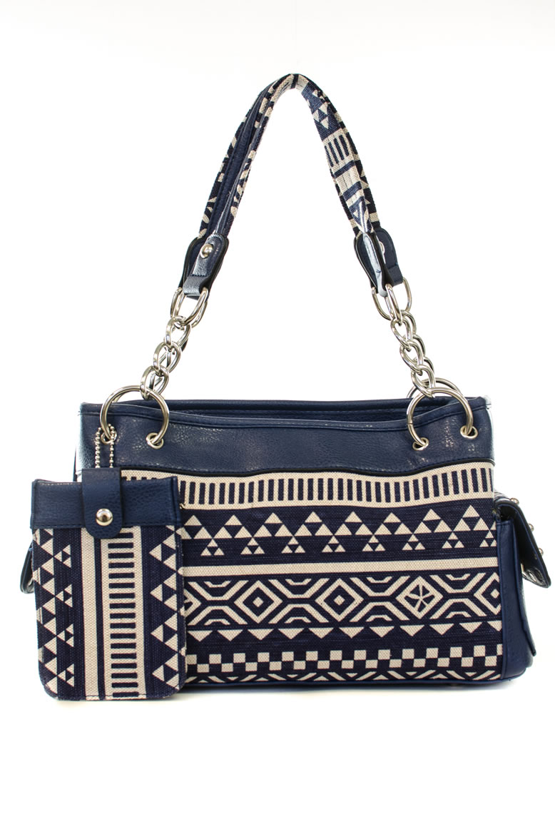 Each bag is as unique as you are and feature trendy and special details including, fringe, studs, rhinestones and crosses. It is an expression of your individualism, strength, and trailblazing nature Montana West® brand is designed with purpose and style so you are always ready for life's possibilities.