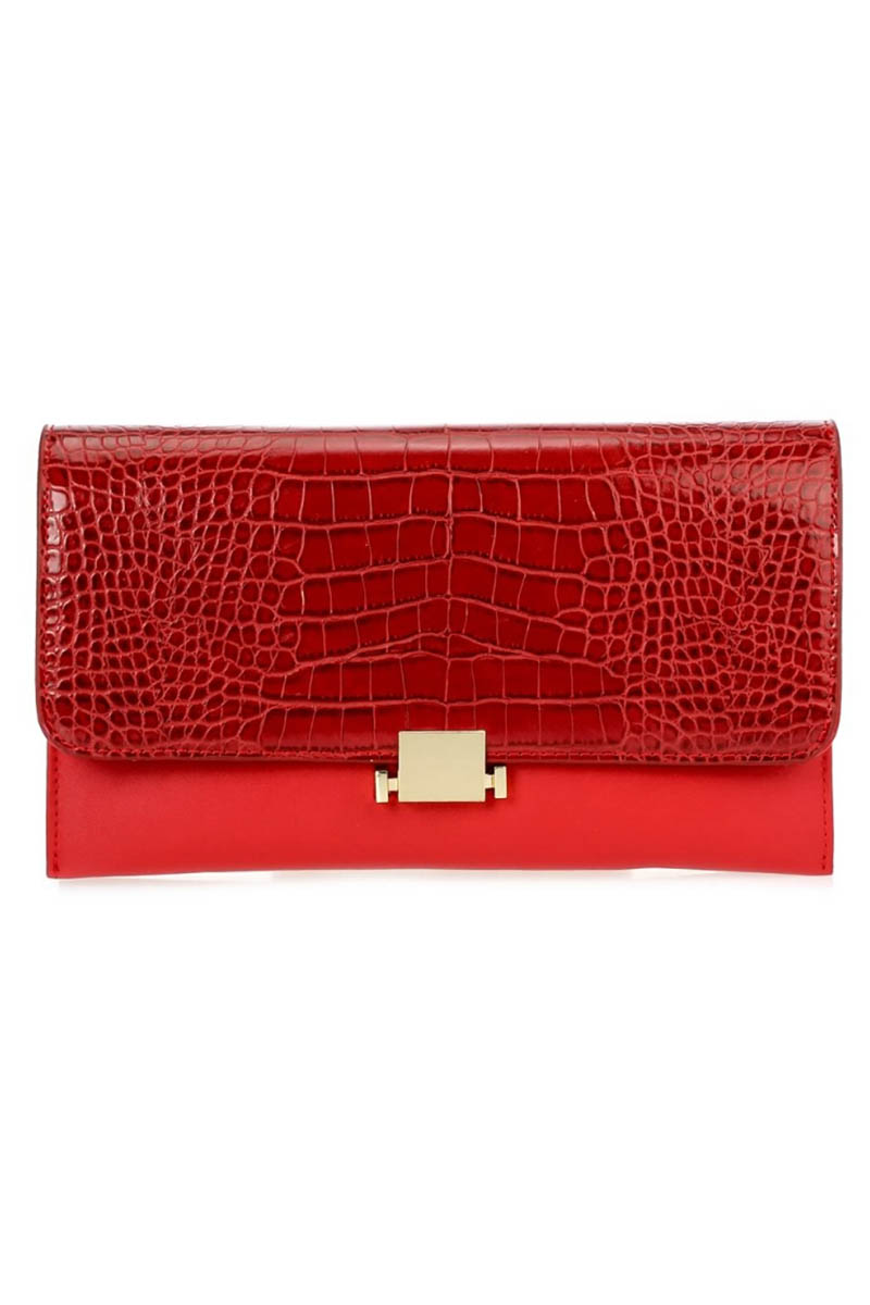 Solid Flap Over Studs Clutch With Chain Strap - Agp