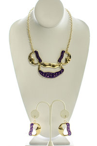 Lips Shape with Colored Stones Necklace and Earring Set