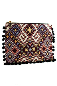 Bohemian With Tassels Edged Clutch With Chain Strap