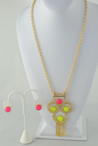 Stone Accent Deco Neckless and Earring Set