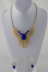 Stone and Phoenix Neckless and Earring Set