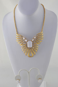 Stone and Phoenix Neckless and Earring Set P