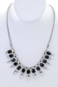 Acrylic and Spike Short Necklace Set