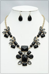Epoxy & Clear Stones Necklace And Earring Set