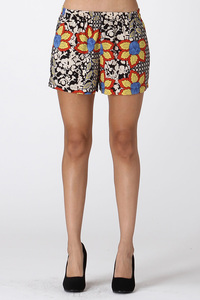 ORIENTAL FLORAL SHORTS WITH POCKET