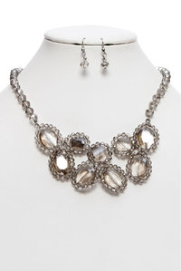 Fashion Trendy Bunched Glass Necklace And Earring Set